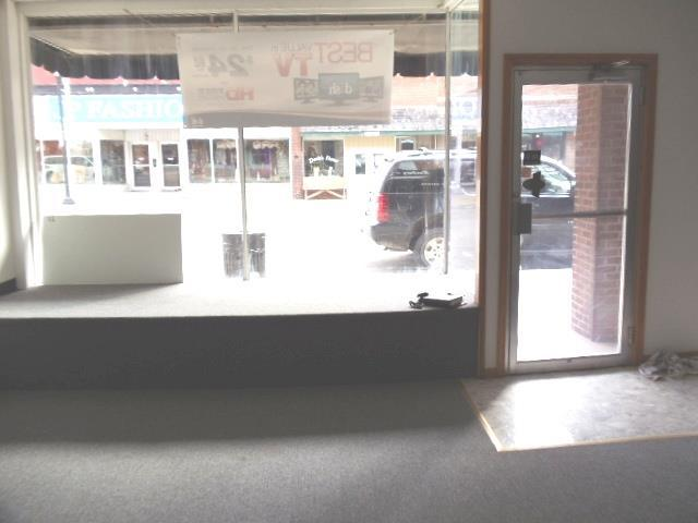 205 E 3rd Street, Cameron, MO 64429 (#1956110) :: House of Couse Group