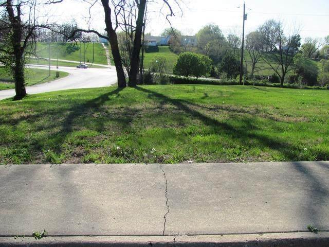 1322 Highland Avenue - Photo 1