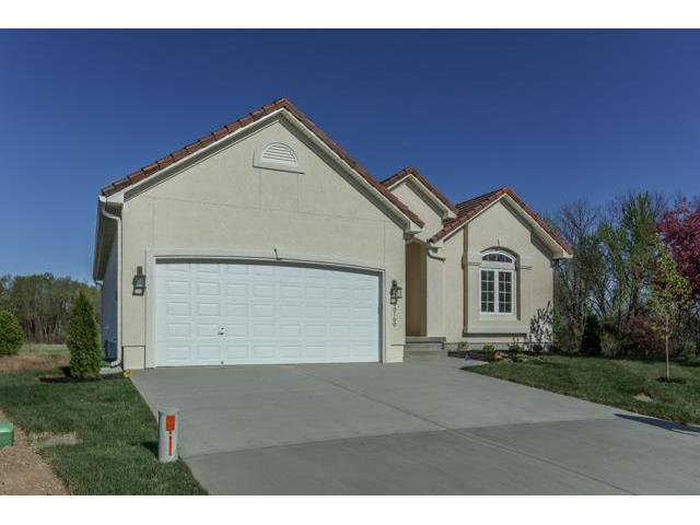20608 E 37TH TERRACE Court, Independence, MO 64057 (#2019571) :: Edie Waters Team