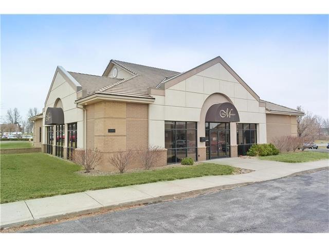1560 A Highway, Liberty, MO 64068 (#2033160) :: Carrington Real Estate Services