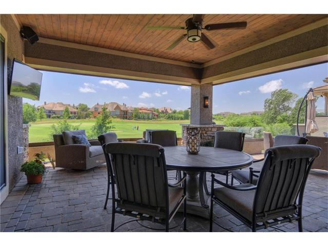 6109 W 137 Street, Overland Park, KS 66223 (#2035633) :: No Borders Real Estate