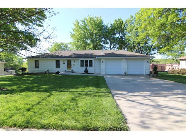 9909 W 61ST Street, Merriam, KS 66203 (#2044718) :: Select Homes - Team Real Estate