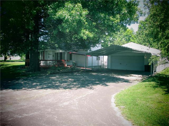 306 N Monroe Street, East Lynne, MO 64743 (#2048895) :: Edie Waters Network