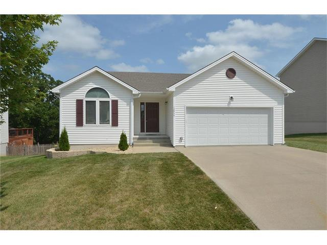 12955 NW Oakview Drive, Platte City, MO 64079 (#2060820) :: Tradition Home Group