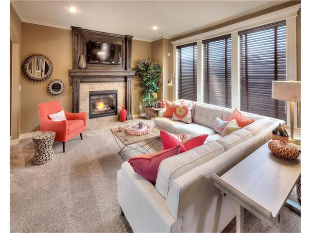 1900 Red Bud Court, Raymore, MO 64083 (#2061051) :: Edie Waters Network