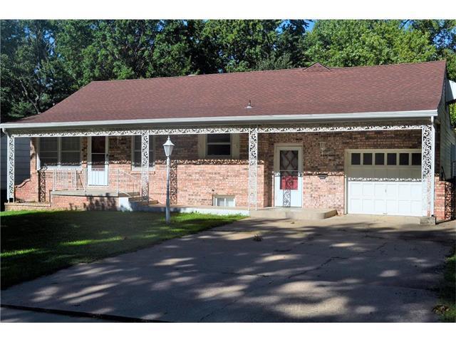 5304 Outlook Street, Mission, KS 66202 (#2062959) :: Select Homes - Team Real Estate