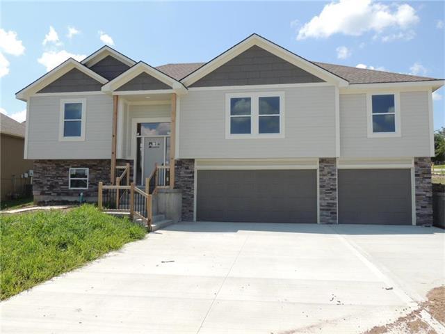 2325 NE 23rd Terrace, Blue Springs, MO 64029 (#2063059) :: Select Homes - Team Real Estate