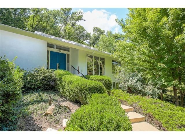 8714 Redbud Lane, Lenexa, KS 66220 (#2063256) :: Select Homes - Team Real Estate