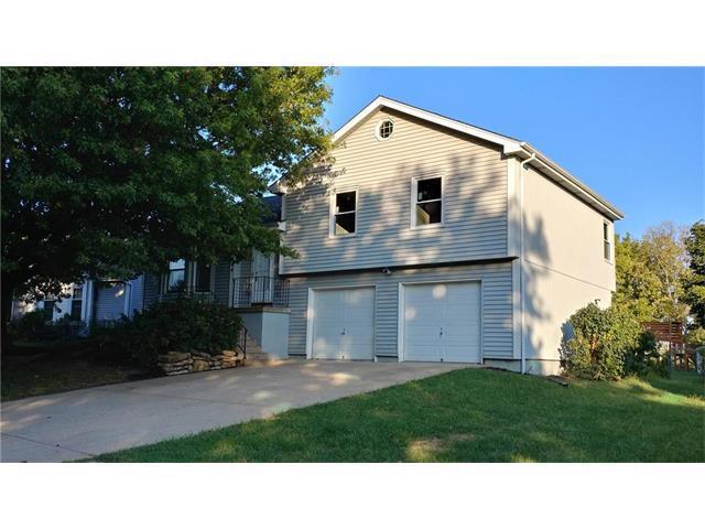 604 N Sunset Street, Olathe, KS 66061 (#2070988) :: Kedish Realty Group at Keller Williams Realty
