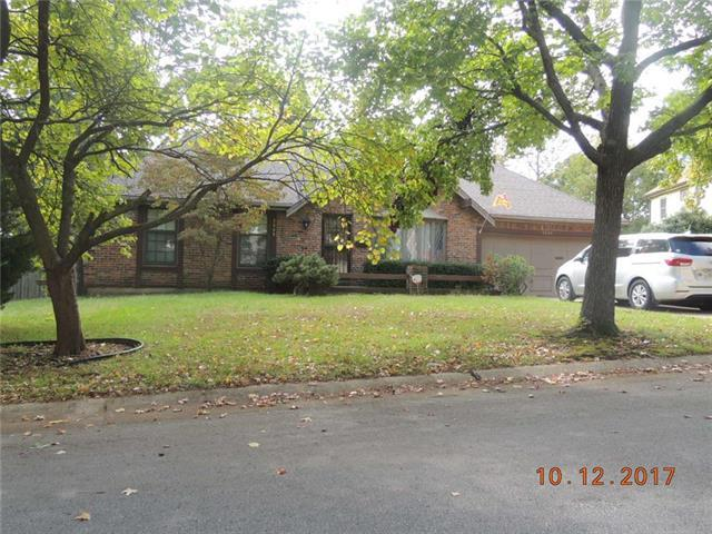 9808 Colony Place, Kansas City, MO 64131 (#2073807) :: Edie Waters Network