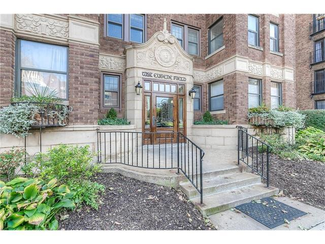 807 W 48th Street #201, Kansas City, MO 64112 (#2076142) :: HergGroup Kansas City