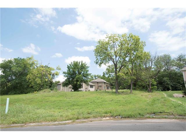 1570 N Keeler Street, Olathe, KS 66061 (#2076187) :: The Shannon Lyon Group - ReeceNichols