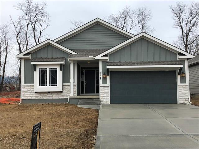 1904 Cemco Drive, Liberty, MO 64068 (#2077238) :: The Shannon Lyon Group - Keller Williams Realty Partners