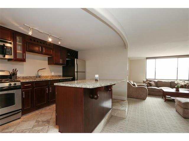 700 E 8TH Street 8M, Kansas City, MO 64106 (#2078546) :: Carrington Real Estate Services