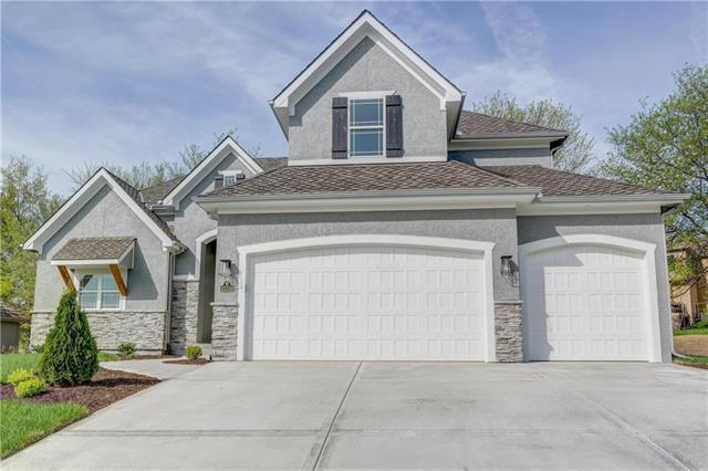 10316 N Revere Avenue, Kansas City, MO 64154 (#2079542) :: Char MacCallum Real Estate Group