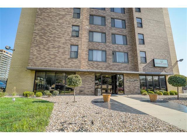 700 E 8th Street 16S, Kansas City, MO 64106 (#2079601) :: Carrington Real Estate Services