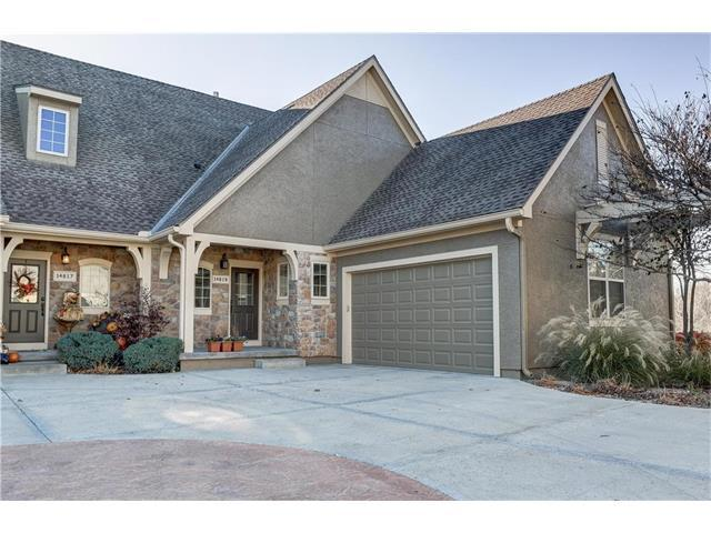 14819 Meadow Lane, Leawood, KS 66224 (#2079617) :: NestWork Homes
