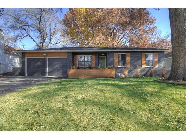 4905 Mohawk Drive, Roeland Park, KS 66205 (#2080044) :: Char MacCallum Real Estate Group