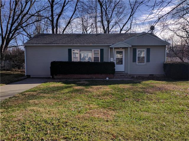 1022 Christopher Street, Warrensburg, MO 64093 (#2081895) :: The Shannon Lyon Group - Keller Williams Realty Partners