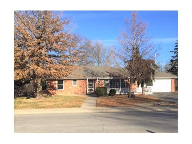102 Hospital Drive, Smithville, MO 64089 (#2083008) :: Tradition Home Group