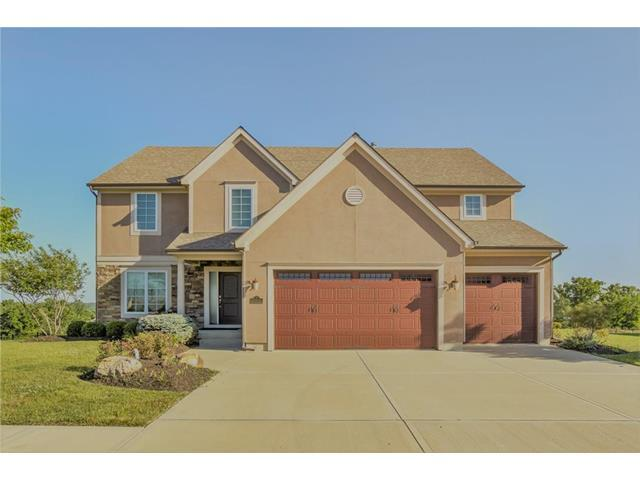 5906 S National Drive, Parkville, MO 64152 (#2083011) :: Tradition Home Group