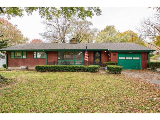 5020 N Park Avenue, Kansas City, MO 64118 (#2083293) :: Tradition Home Group