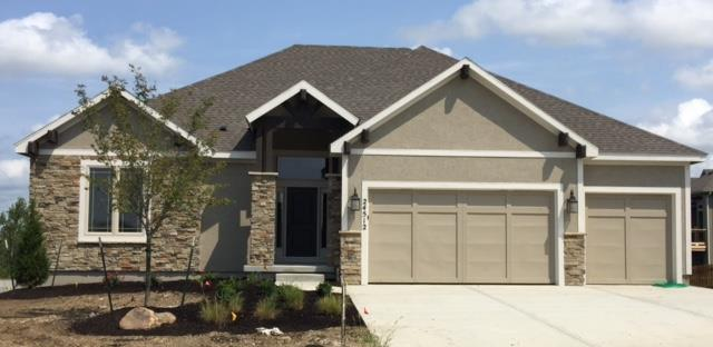 24512 W 79th Terrace, Lenexa, KS 66227 (#2085001) :: Char MacCallum Real Estate Group