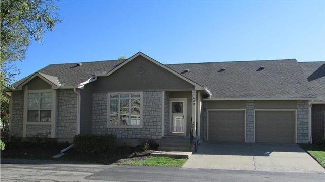 15780 S Sunset Drive #600, Olathe, KS 66062 (#2085662) :: The Shannon Lyon Group - Keller Williams Realty Partners