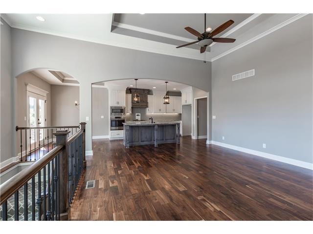 25494 W 98th Street, Lenexa, KS 66227 (#2086308) :: The Shannon Lyon Group - Keller Williams Realty Partners