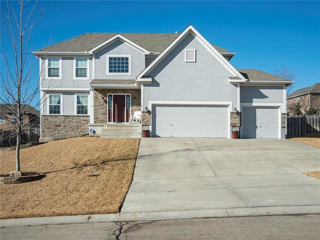 1354 Granite Street, Lansing, KS 66043 (#2087143) :: Edie Waters Team