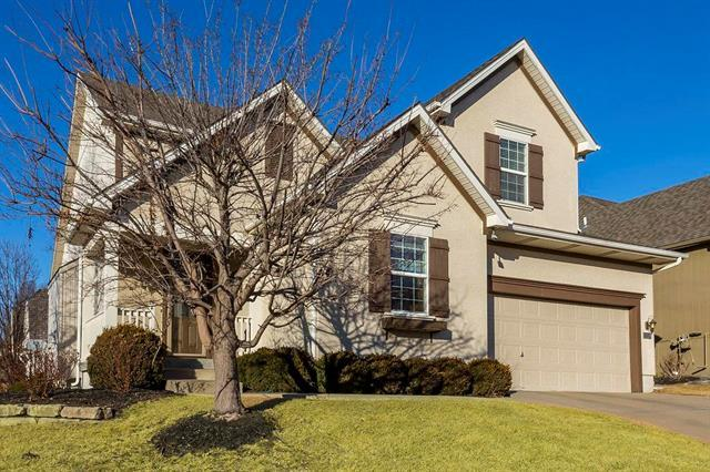 11128 W 132nd Place, Overland Park, KS 66213 (#2088138) :: The Shannon Lyon Group - Keller Williams Realty Partners