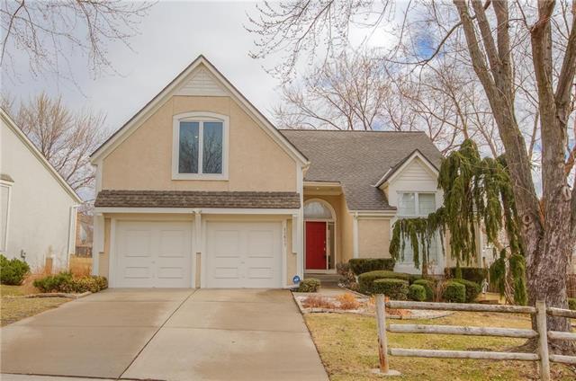 11611 Lowell Avenue, Overland Park, KS 66210 (#2089282) :: Char MacCallum Real Estate Group