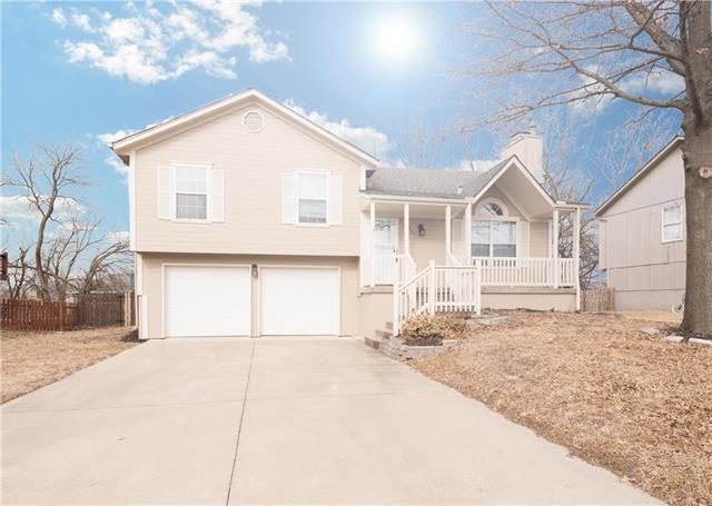 1404 Cottonwood Drive, Greenwood, MO 64034 (#2089370) :: Team Dunavant