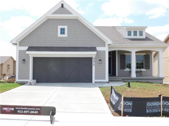 9670 Brockway Street, Lenexa, KS 66220 (#2090206) :: Char MacCallum Real Estate Group