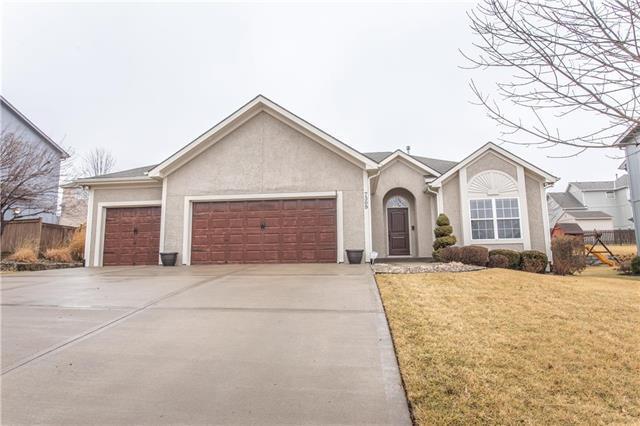 7309 N Potter Avenue, Kansas City, MO 64158 (#2091185) :: Dani Beyer Real Estate