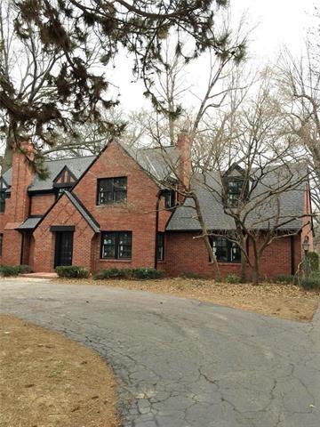 2509 W 63rd Street, Mission Hills, KS 66208 (#2091680) :: Char MacCallum Real Estate Group