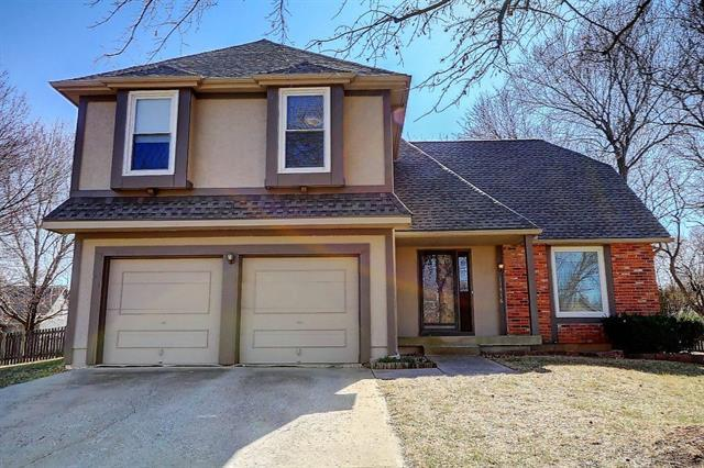 11416 Robinson Street, Overland Park, KS 66210 (#2092051) :: Edie Waters Team