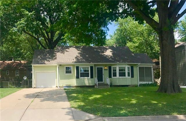5206 W 50th Terrace, Roeland Park, KS 66205 (#2092859) :: Char MacCallum Real Estate Group