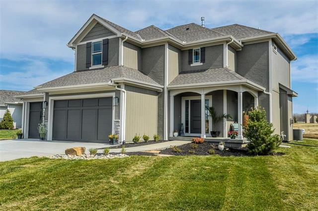 21107 W 190th Terrace, Spring Hill, KS 66083 (#2093142) :: Char MacCallum Real Estate Group
