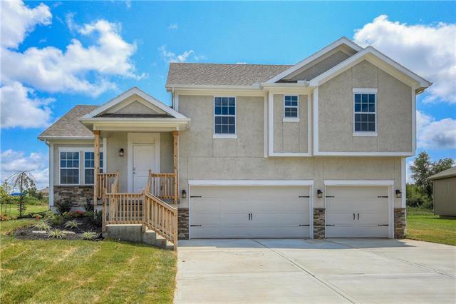 21113 W 190th Terrace, Spring Hill, KS 66083 (#2093146) :: Char MacCallum Real Estate Group