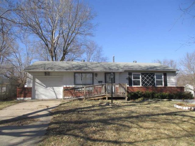 8652 E 97th Terrace, Kansas City, MO 64134 (#2094113) :: Edie Waters Team