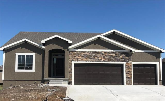 713 Gamma Grass Place, Raymore, MO 64083 (#2097026) :: Edie Waters Network
