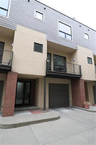 4551 Washington Street D-2, Kansas City, MO 64111 (#2097152) :: NestWork Homes