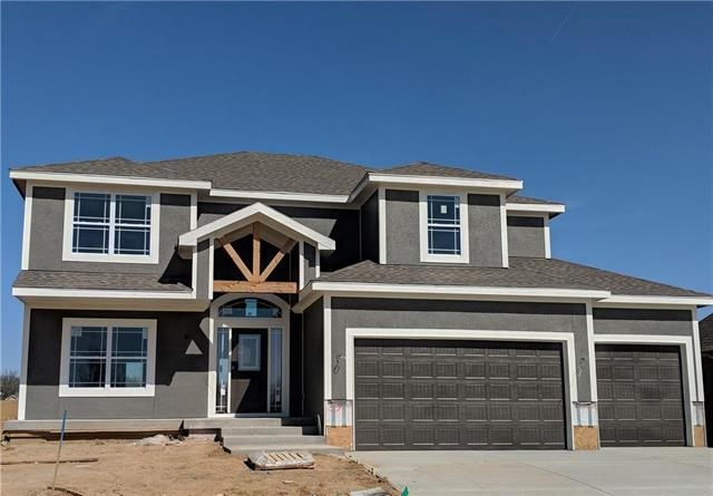 7495 NW Forest Lakes Drive, Parkville, MO 64152 (#2097217) :: The Gunselman Team