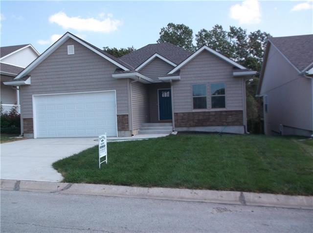 509 Village Lane, Harrisonville, MO 64701 (#2097655) :: Edie Waters Network