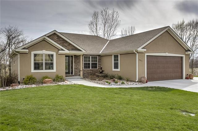 2311 Piedmont Place, Excelsior Springs, MO 64024 (#2100090) :: Edie Waters Network