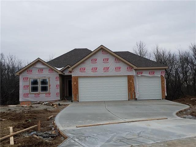 6827 Larson Avenue, Kansas City, MO 64133 (#2100481) :: No Borders Real Estate