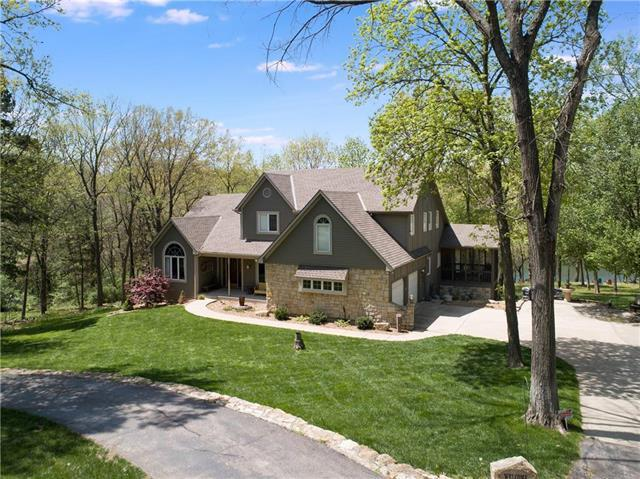29502 E Pink Hill Road, Grain Valley, MO 64029 (#2100736) :: Edie Waters Network