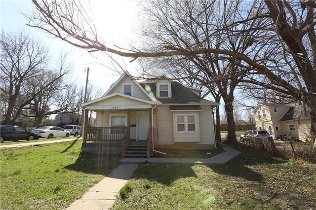 3946 Booth Street, Kansas City, KS 66103 (#2100800) :: The Gunselman Team