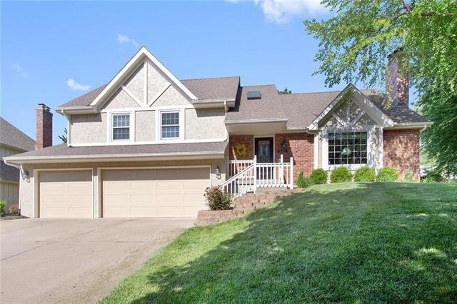 5716 N Polk Drive, Kansas City, MO 64151 (#2102352) :: The Shannon Lyon Group - ReeceNichols